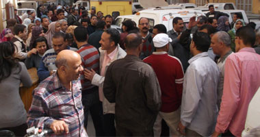 جانب إضراب الإداريين