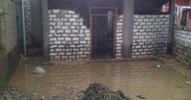 جانب من آثار أضرار السيول بأسيوط