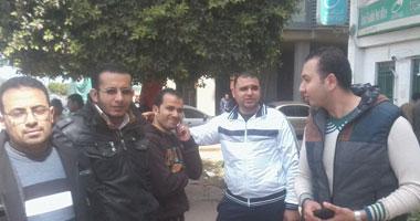 إضراب العاملين ببريد بنها بمنطقة بريد القليوبية لليوم السادس على التوالى S320141134425