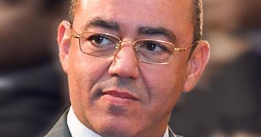 وصول وزير الطيران لمطار القاهرة لاستقبال الرئيس قبل مغادرته الجزائر