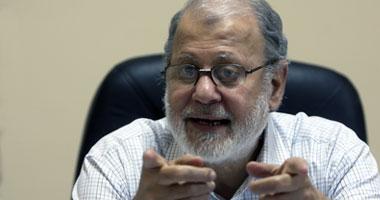 نائب مرشد الإخوان السابق: هنيئا للشعب المصرى بجيشه الوطنى