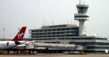 نيجيريا تفحص المسافرين إليها خوفا من الإيبولا