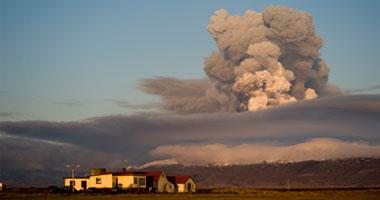 تباعد أفريقيا وأمريكا الجنوبية سبب بركان أيسلندا