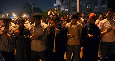 طالب أزهرى يتظاهرون لطرد السفير