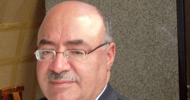 الدكتور مصطفى محمد كمال رئيس جامعة أسيوط