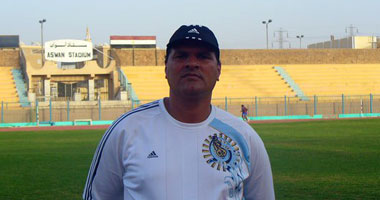 نبيل محمود المدير الفنى لبترول أسيوط