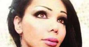 شاب لبنانى يجرى عمليات تجميل ليشبه الفنانه أليسا (بالصور)