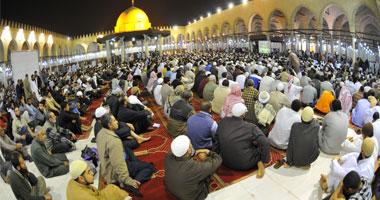 المئات احتشدوا فى عمرو بن العاص ليلة المؤتمر السلفى