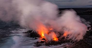 انفجار بركان بولاية هاواى الأمريكية يدمر 26 منزلا وأربعة مبان أخرى
