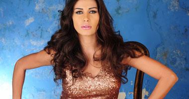 نادين الراسى تشكو تعرضها للضرب من نجلها.. والأخير: تتلقى علاجا نفسيا
