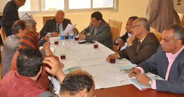 محافظ كفر الشيخ ناقش تطوير مصيف بلطيم والاستعداد لشم النسيم