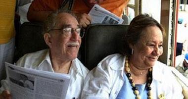 قصة صورة.. الكاتب العالمى ماركيز وزوجته مرسيدس