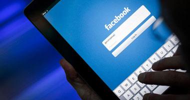نصف مليار مستخدم لـ فيس بوك  يدخلون من هواتفهم الذكية