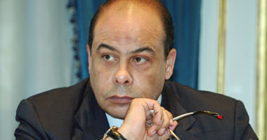 أنس الفقى يعلن ضمان حرية الإعلام فى إطار المسئولية الاجتماعي S520091916429