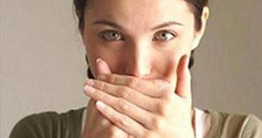ما علاقة الذئبة الحمراء بتقرحات الفم؟