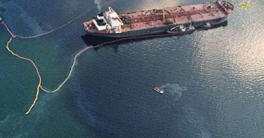 نجاح جزئى لاحتواء بقعة النفط فى خليج المكسيك S52010195816