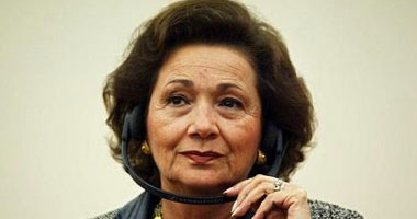 سوزان مبارك توثق 3 توكيلات لسحب أموالها وإعادتها للدولة