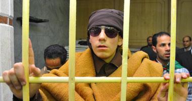 بالصور محاكمة شعبية للقذافى فى مصر S520113173630