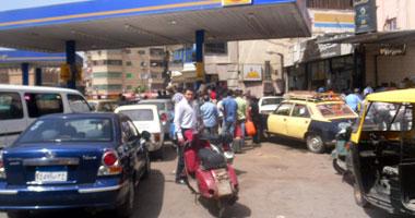 تجدد أزمة الوقود بالمنيا والسائقون يطالبون بحل عاجل  الخميس، 6 سبتمبر 2012