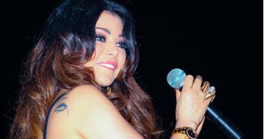 بالصور.. هيفاء وهبى تحيى حفلاً كبيراً بالقاهرة S5201230174049