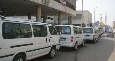 طلاب المنصورة يطالبون بتوفير سيارات سيرفيس بين الجامعة ومحطة القطار