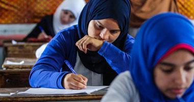 """""""ثورة التعليم الفاسد"""" تسرب أسئلة وإجابات امتحان """"الحديث"""" للثانوية الأزهرية"""