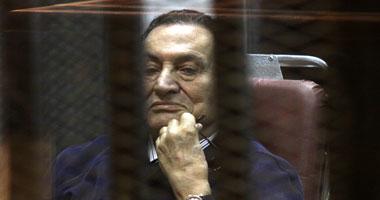 فريد الديب يقدم مذكرة تعقيب مبارك.. والمحكمة تستكمل سماع  العادلى