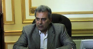 رئيس جامعة القاهرة:منع الطلاب ارتداء