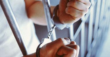 حبس فتاة ليل وعربجى 4 أيام لاتهامهما بمحاولة سرقة المارة بالمنيل