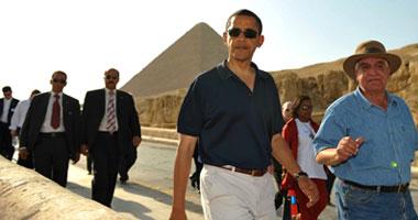 بالفيديو.. أوباما يقوم بجولة فى أهرامات الجيزة