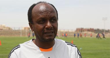 إسماعيل يوسف: لا يوجد دولة فى العالم تستعين بـ لاعب  مع منتخبين إلا مصر  اليوم السابع