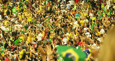 بالفيديو.. احتفالات صاخبة فى البرازيل للفوز على كوت ديفوار S620107154929