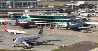 """""""كنجر"""" يقفز إلى داخل مطار ملبورن للمرة الثانية"""