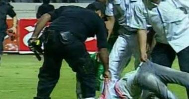 إصابة 7 ضباط و20 شرطياً ومواطنين فى أحداث مباراة الاتحاد ودجلة s6201115211714.jpg