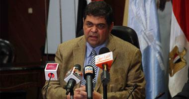 وزير الصحة يوافق على تسيير قوافل طبية إلى الوادى الجديد s6201117112439.jpg