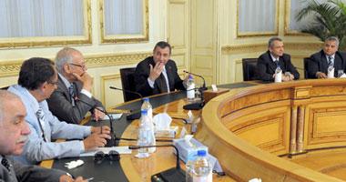 اجتماع طارئ لمجلس الوزراء لبحث الوضع فى سيناء بعد غارات إسرائيل S620116173925
