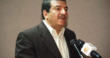 الدكتور عبد الفتاح رزق الأمين العام لنقابة الأطباء