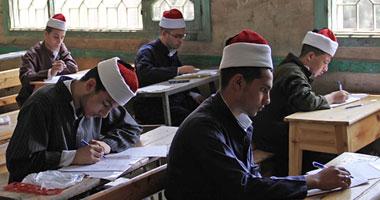 اليوم.. طلاب القسم الأدبى بالثانوية الأزهرية يؤدون امتحان الأدب والمطالعة