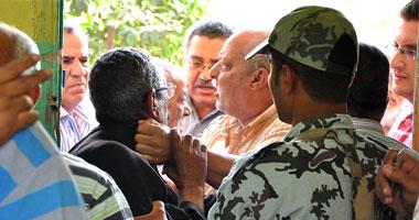 """الجيش يتدخل معركة بـ""""الشوم"""" أنصار"""
