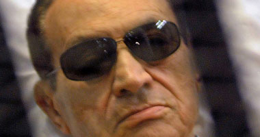 النائب العام يأمر بحبس مبارك 15 يوما فى قضية أموال القصور الرئاسية
