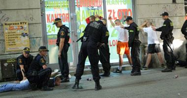 بولندا تعتقل أكثر من 70 شخصاً هاجموا السفارة الروسية