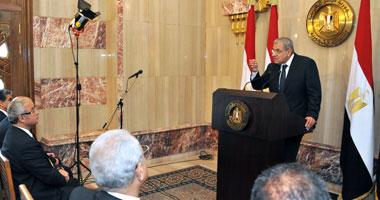 رئيس الوزراء يوجه بتطوير المستشفيات الجامعية وتزويدها بأحدث المعدات