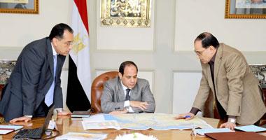 الرئيس يبحث ترسيم الحدود الجديدة للمحافظات مع وزير الإسكان