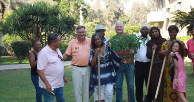 السفير البلجيكى يزرع والسفراء الأفارقة شجرة تأكيد الصداقة مع أفريقيا