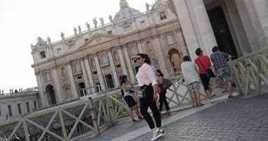 بالصور.. أحلام تنشر صورها فى روما أثناء تسجيل ألبومها الجديد