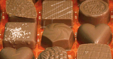 من الاعتقادات الخاطئة أن أكل الشيكولاتة ضار بالرجيم