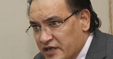 حافظ أبو سعدة: سحب جنسية 55 مواطنًا قطريًا انتهاك صارخ لحقوق الإنسان
