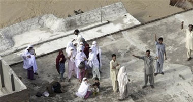 ارتفاع ضحايا باكستان لـ800 قتيل