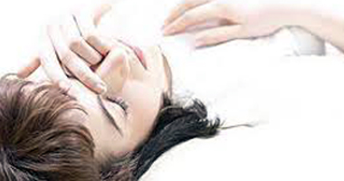 أعراض الإصابة بالجفاف ومتى تحتاج لاستشارة طبية سريعة