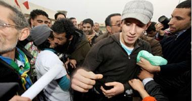 الحكم بحبس مغن راب مغربى معارض أربعة أشهر
